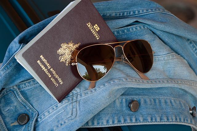 הוצאת אזרחות זרה