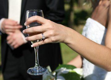 כמה להשקיע בטבעת אירוסין