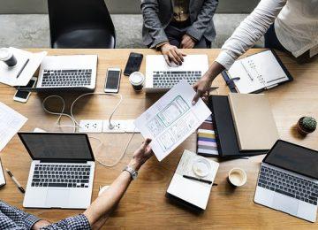 היתרון שבפניה אל בית תוכנה לפיתוח אפליקציה