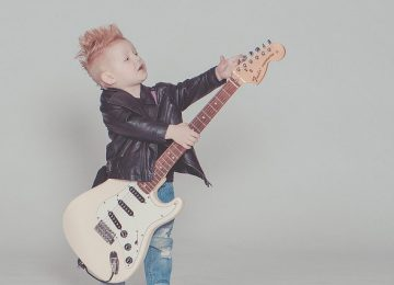 שיעורי גיטרה – מתי אפשר להתחיל ואיך השיעורים יכולים לעזור לנו