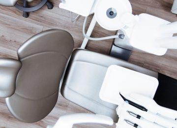 רופא שיניים מומלץ לטיפול השתלת שיניים