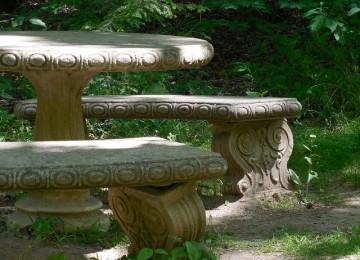 מדוע עדיף להשתמש בחצר בשולחן בטון