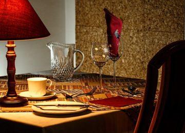 איך בוחרים מסעדה רומנטית?