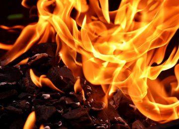 """עו""""ד לנזקי רכוש – איך הוא יכול לעזור במקרה של שריפה?"""