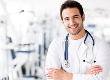 מה חשוב לדעת לפני שפונים אל אורטופד לבדיקת ארטרוסקופיה?