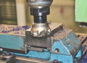 ההבדל בין מכונת לייזר למכונת  CNC