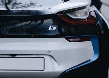 רכבים חשמליים ויתרונותיהם לאיכות הסביבה