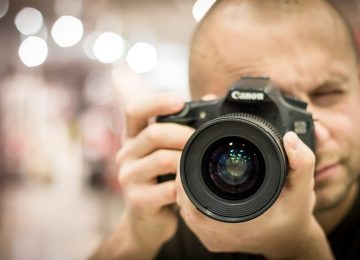 צלם מגנטים מקצועי – קווים לדמותו