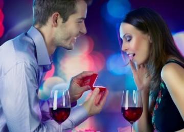 3 רעיונות להצעת נישואין שהיא לא תוכל לסרב להם